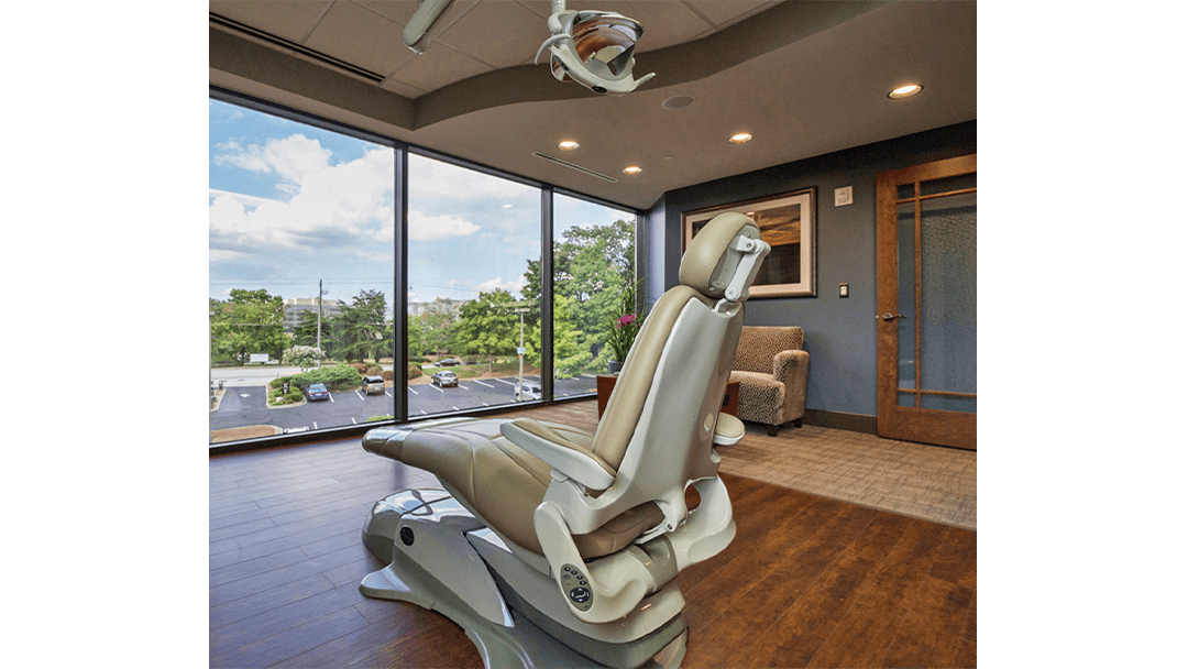 Dr. Baier Dental Office Design, Exam+Consult View