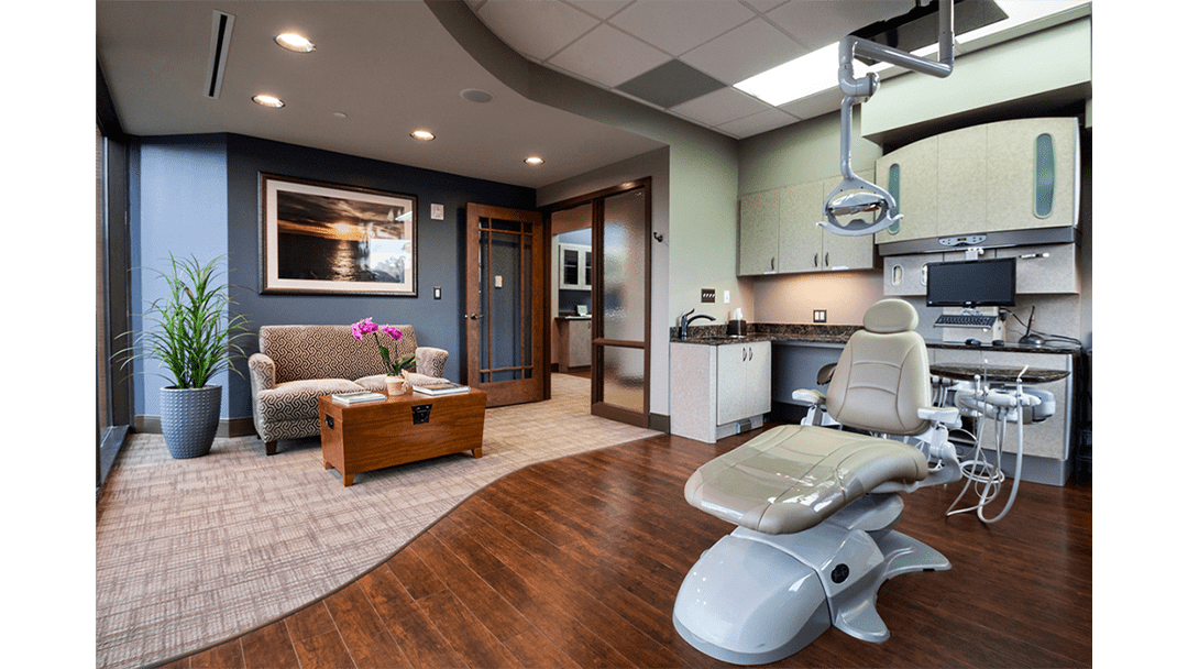 Dr. Baier Dental Office Design, Exam+Consult