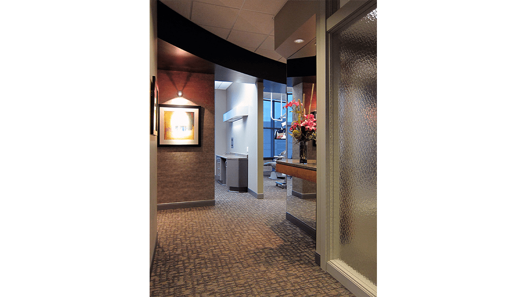 Dr. Hohlen Dental Office Design, Treatment Corridor